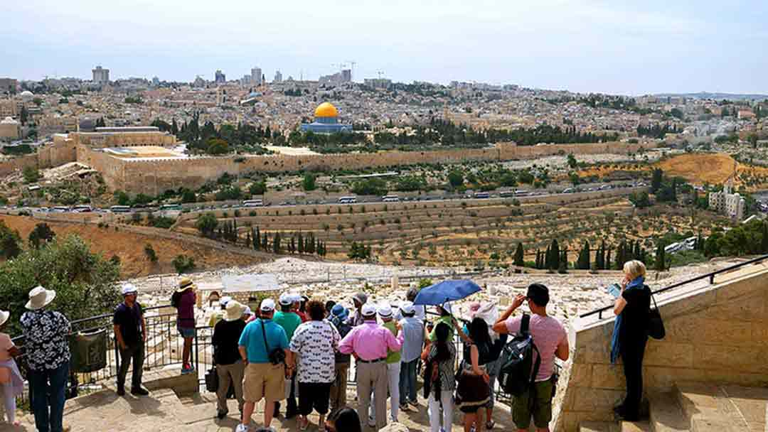 israel tours tourists